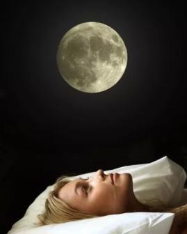 woman-insomnia-400x500
